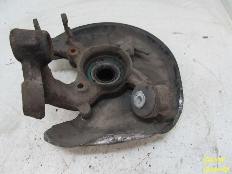 Radlagergehäuse Achsschenkel links hinten Mit ABS  defekt , Hitzeblech verbogen siehe Bild . 4*4AUDI A4 AVANT (8E5, B6) 2.5 TDI QUATTRO