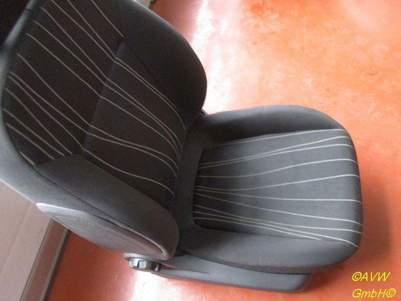 Sitz rechts vorn Flecken Siehe BildOPEL CORSA D 1,2