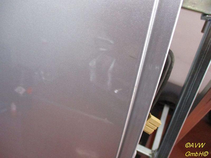 Tür rechts hinten 5-Türer Kratzer siehe BildVW POLO (9N_) 1.4 16V