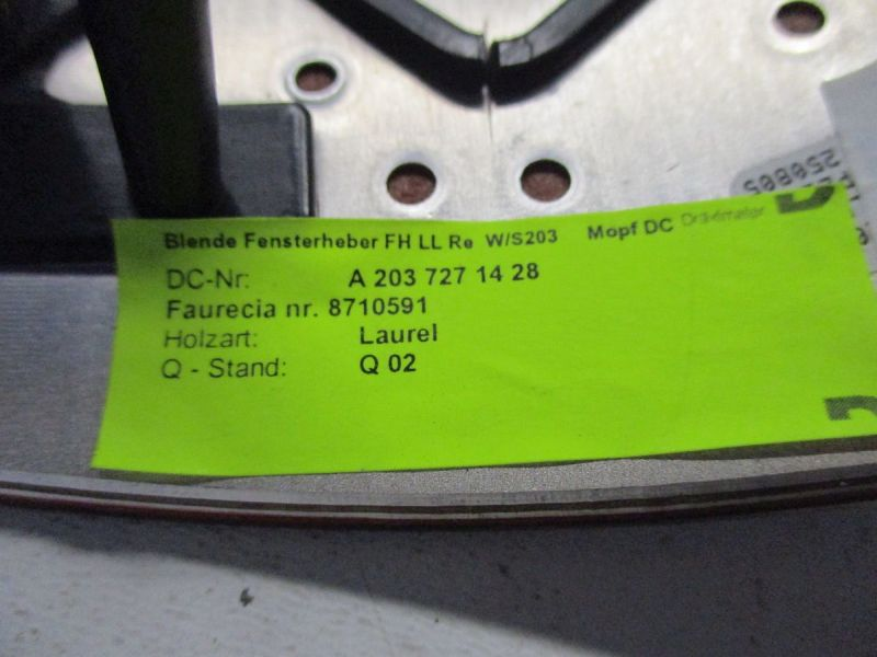 Türverkleidung rechts vorn 5-Türer Verkleidung Dekor BlendeMERCEDES-BENZ C-KLASSE T-MODEL (S203) C 220 CDI