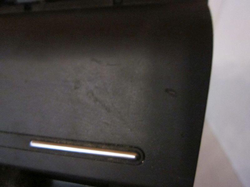 Aschenbecher vorne Kratzer verschmutz siehe Bild Raucher FahrzeugAUDI A4 AVANT (8ED, B7) 2.0 TDI