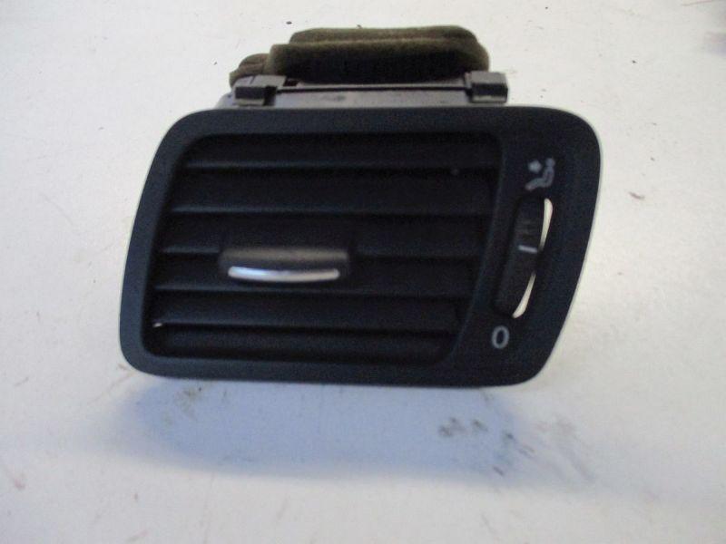Luftdüsengehäuse links VW PASSAT VARIANT (3C5) 2.0 TDI 16V