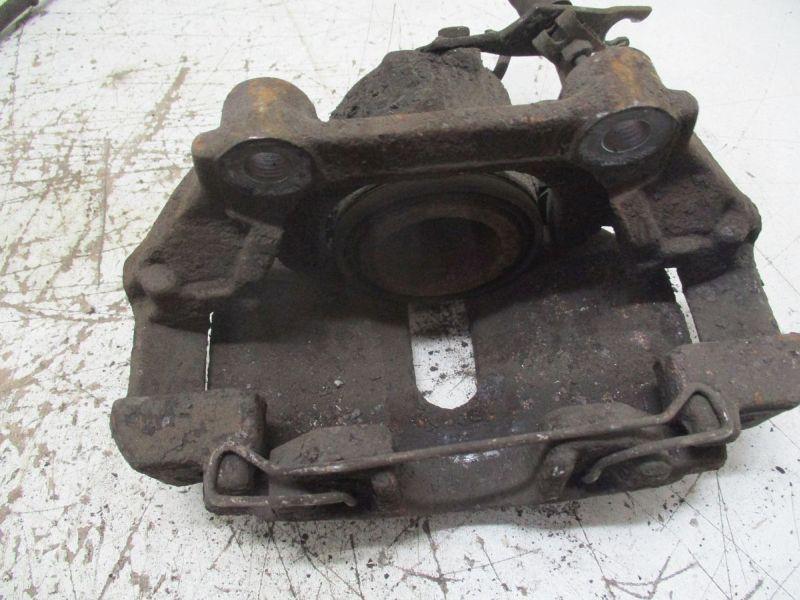 Bremssattel links vorn AUDI A4 (8D2, B5) 2,6