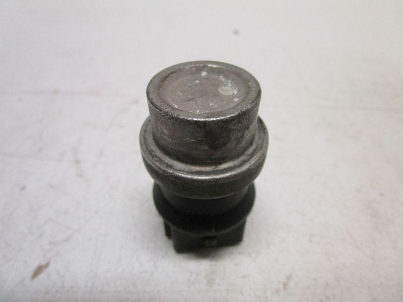 Sensor, Kühlmitteltemperatur VW GOLF IV (1J1) 1.4 16V