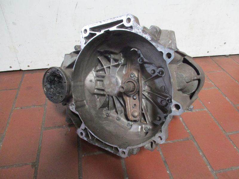 Getriebe (Schaltung) 5 Gang FZT, Ohne SchaltgabelVW TOURAN (1T1, 1T2) 1.6