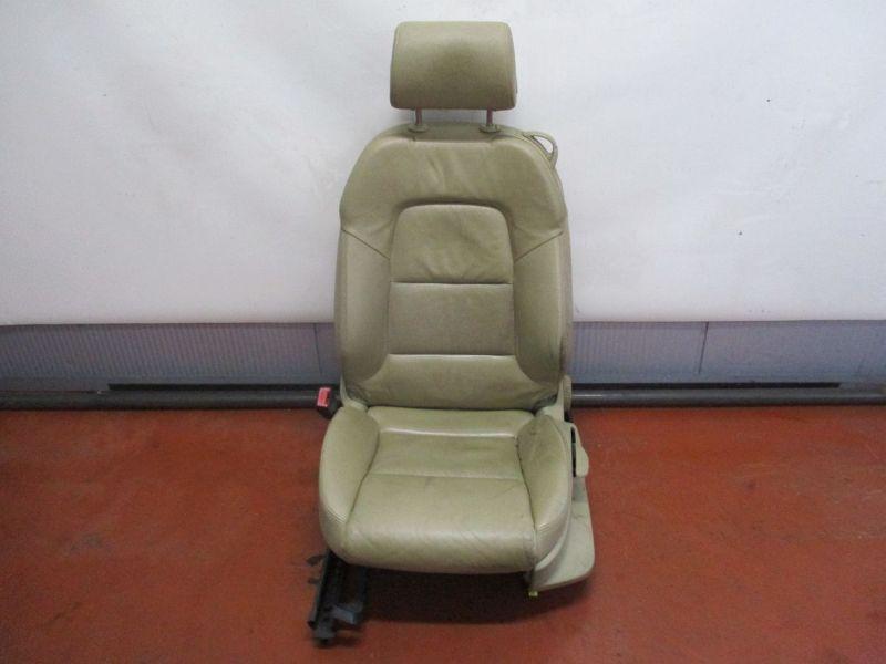 Sitz links vorn Leder, Sitzheizung, leicht beschmutzt, siehe BilderAUDI A3 (8P1) 2.0 TDI