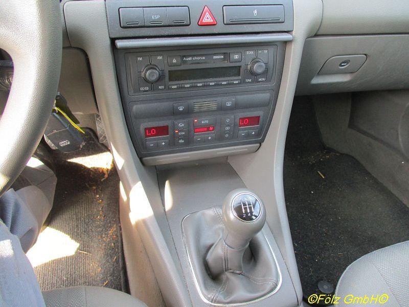 AUDI A6 AVANT (4B, C5) 1.9 TDI