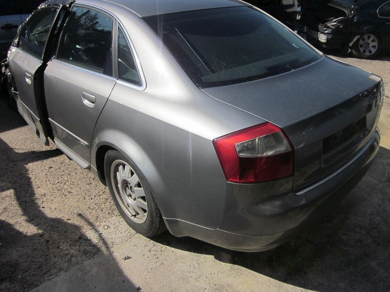 AUDI A4 (8E2, B6) 1.9 TDI